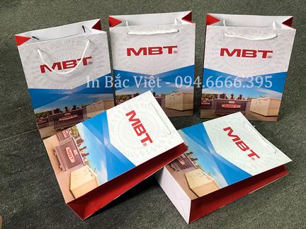 in túi giấy lấy ngay tại Hà Nội
